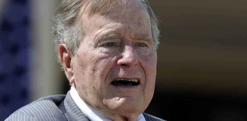 آخر ما قاله بوش قبل وفاته: أريد الذهاب إلى الجنة