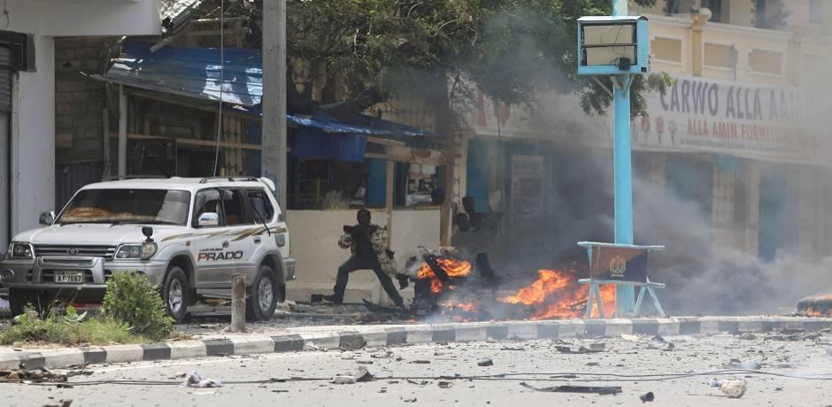 سبعة قتلى على الأقلّ في تفجيرين قرب القصر الرئاسي في الصومال