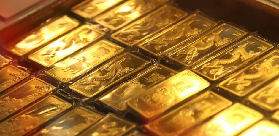 ارتفاع أسعار الذهب مدعومة بانخفاض الدولار