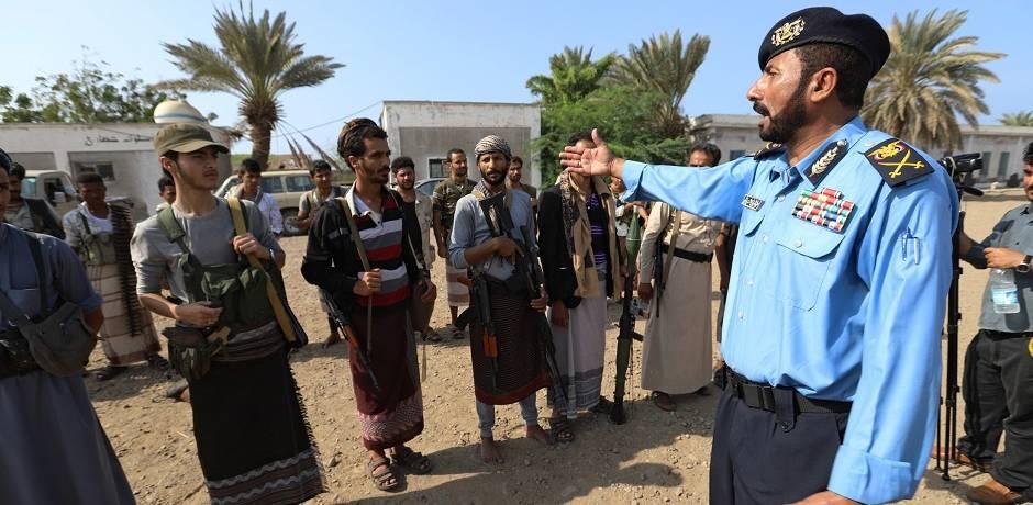 بدء انسحاب المتمردين الحوثيين من ميناء الحُديدة في اليمن