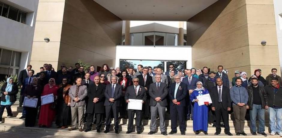 تسليم أوسمة ملكية لفائدة موظفين بوزارة إصلاح الإدارة والوظيفة العمومية
