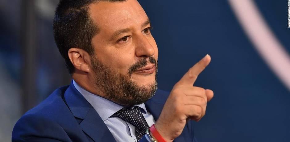 وزير الداخلية الإيطالي يعارض إيقاف مباريات كرة القدم بسبب الصيحات العنصرية