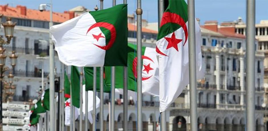 """حزب العمال يأمل في """"تحول ديمقراطي"""" بالجزائر"""
