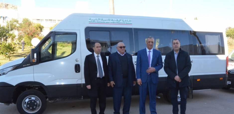 الحسيمة : توزيع حافلات لتسهيل تنقل مرضى القصور الكلوي