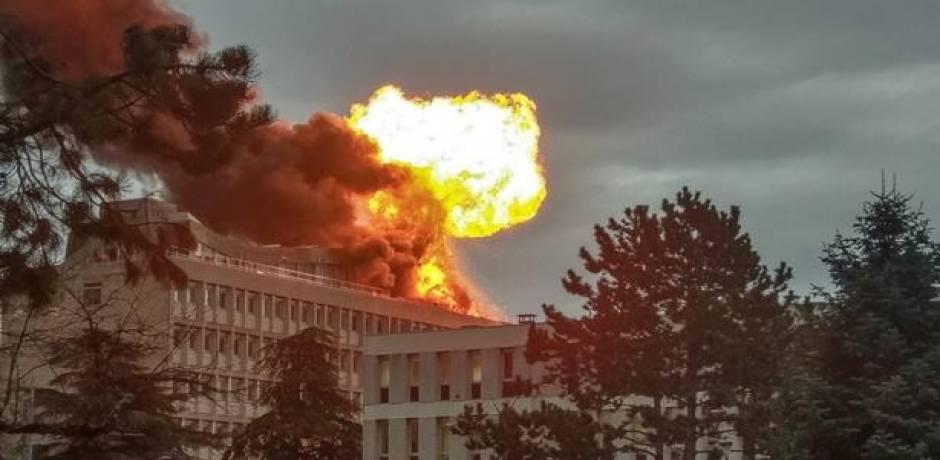 France: explosion de bouteilles de gaz sur le toit d'une université, un blessé léger