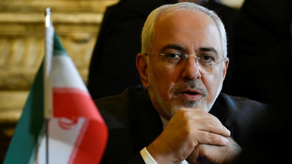 ظريف: إيران ستدخل مرحلة ثالثة في التقليص من التزاماتها النووية