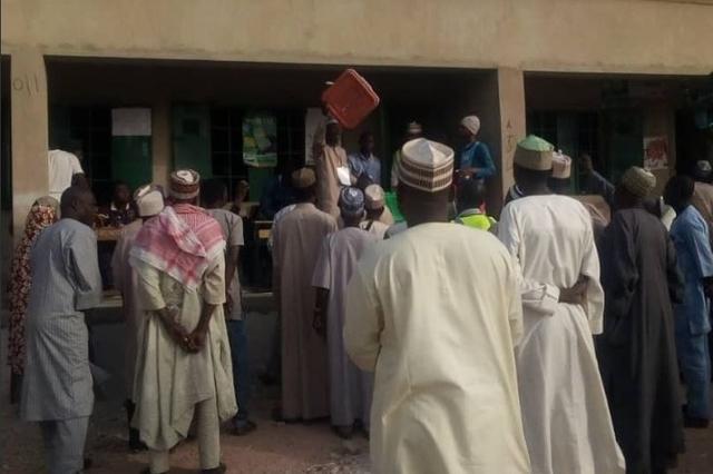 Presidentielle au nigeria ouverture des bureaux de vote medi radio