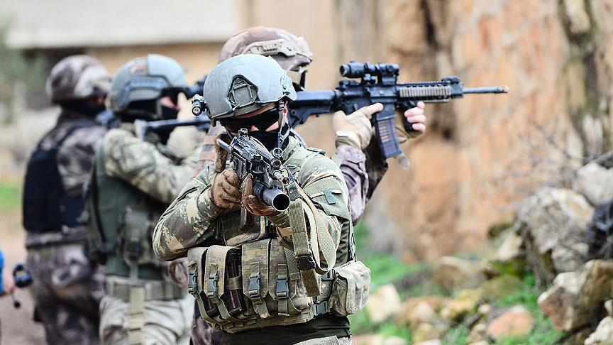 """تبادل إطلاق نار بين الجيش التركي وعناصر """"بي كا كا"""" شمال سوريا"""