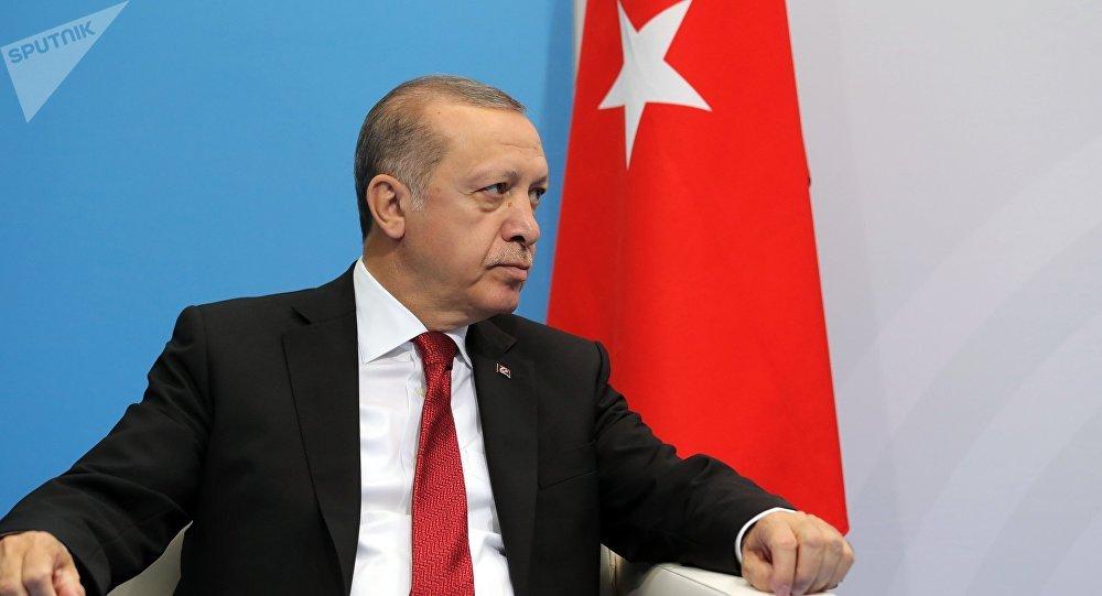 """""""Génocide arménien"""": Erdogan fustige les """"donneurs de leçons"""""""