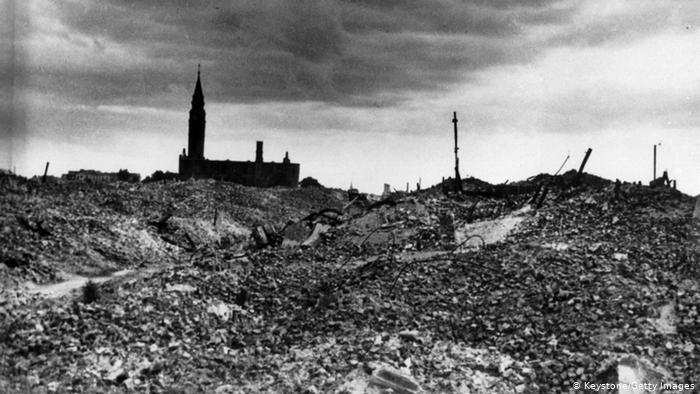 بولونيا تطالب ألمانيا بتعويضات مالية عن خسائر الحرب العالمية الثانية تقدر ب 900 مليار دولار