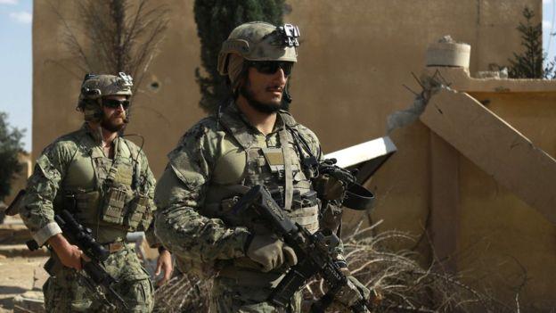 """الجيش التركي يرسل وحدات """"كوماندوز"""" إلى الحدود مع سوريا"""