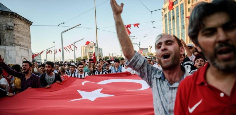 أردوغان ينجح في إعادة إجراء انتخابات اسطنبول بعد خسارته فيها