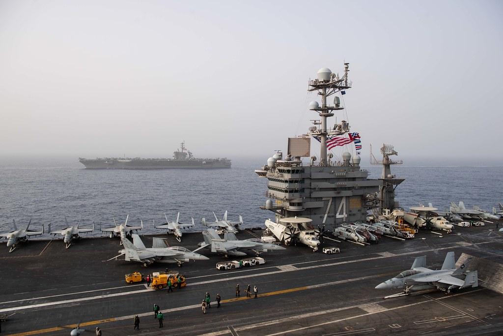 """واشنطن تُرسل قوة بحرية إلى الشرق الأوسط في """"رسالة"""" لإيران"""