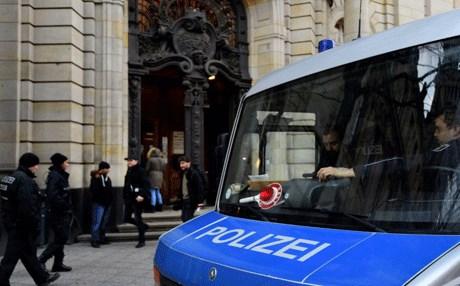 بدء محاكمة زوجين بتهمة تصنيع قنبلة بيولوجية في ألمانيا
