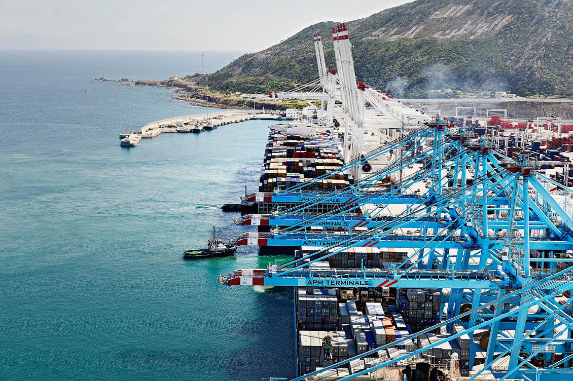 """تدابير خاصة بميناء طنجة المتوسط للمسافرين لمواكبة عملية العبور """"مرحبا 2019"""""""