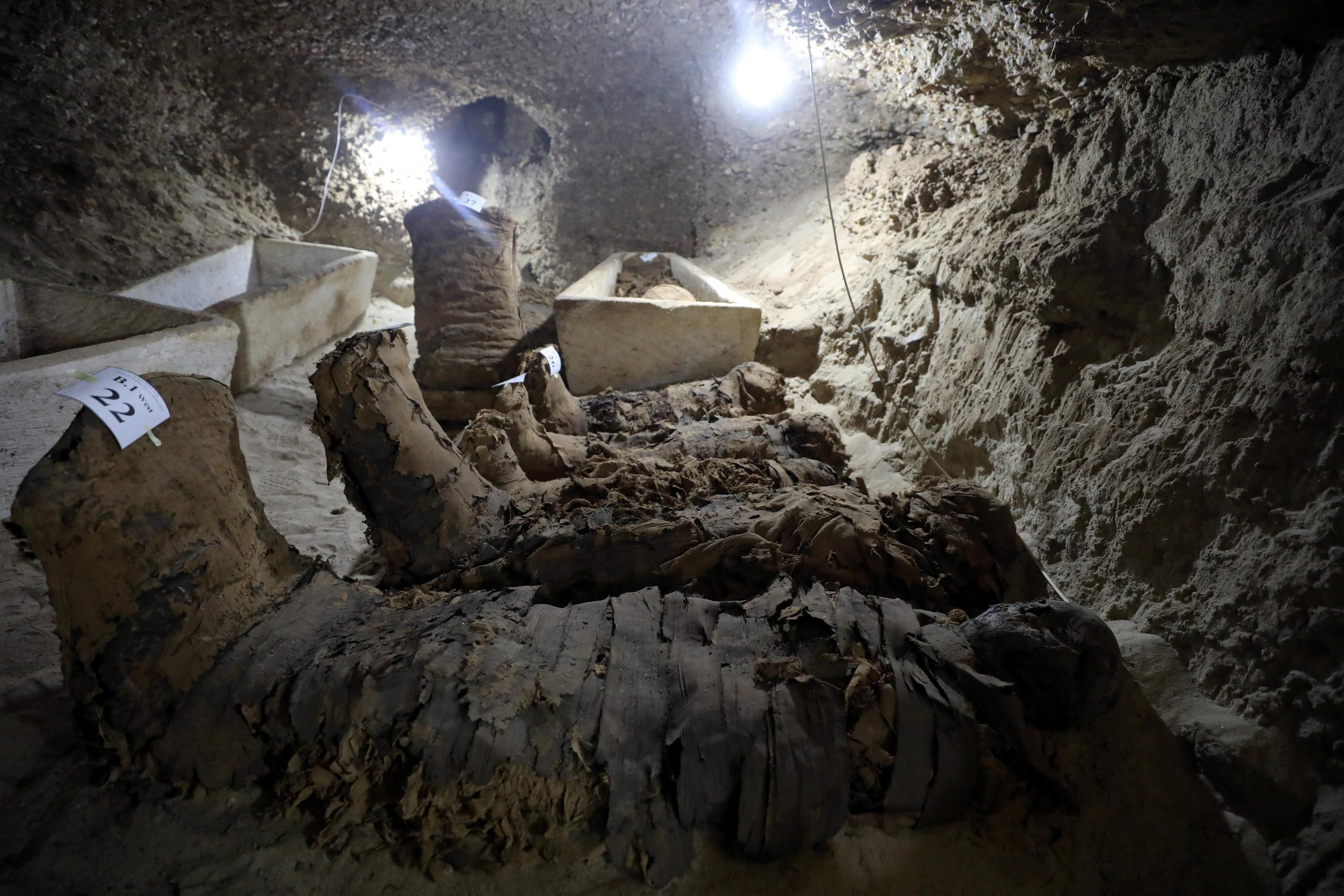 الآثار المصرية تعلن كشف أثري جديد بمنطقة دهشور بمحافظة الجيزة