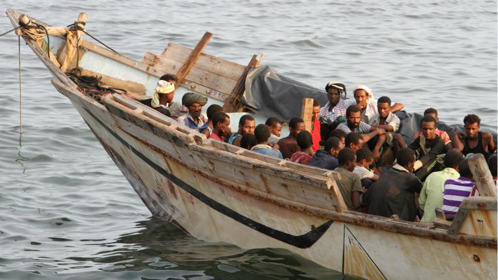 وفاة 15 مهاجرا أثيوبيا علقوا في قارب بدون طعام أو ماء لأسبوع