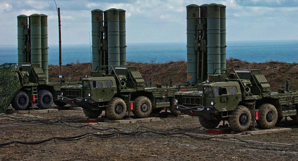 """وصول الدفعة الثانية لمنظومة الصواريخ """"إس 400"""" الروسية إلى أنقرة"""