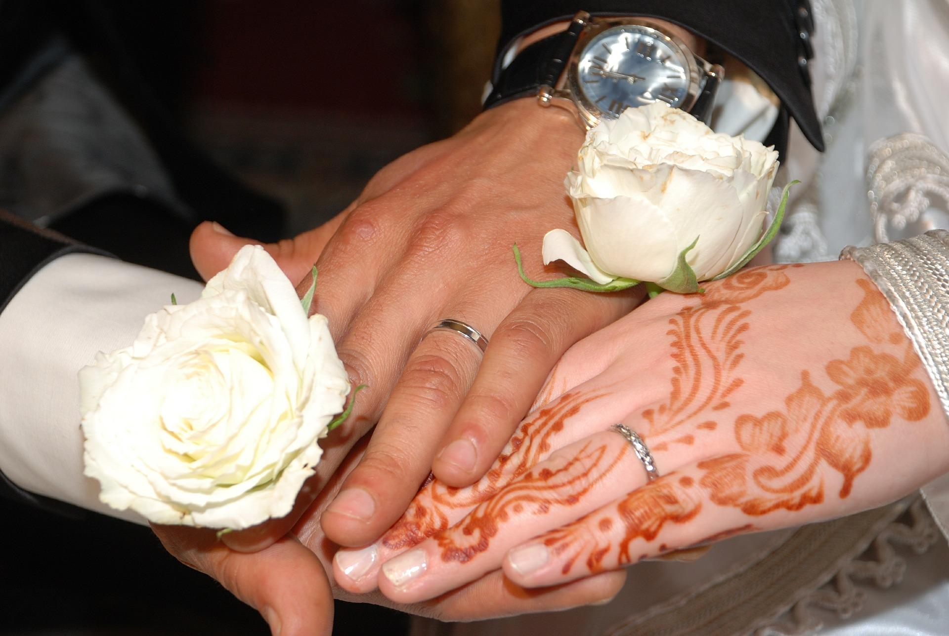 """الأعراس المغربية: حين تتحول ليلة العمر إلى """"ضريبة"""" العمر!"""