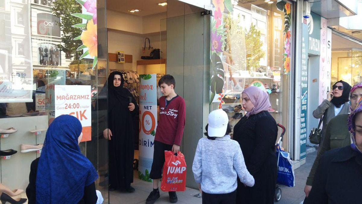 نقل 12 ألفا و500 سوري غير مسجلين في مدينة إسطنبول إلى مراكز إقامة مؤقتة