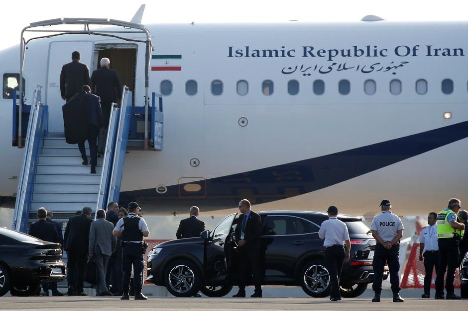 مفاجأة كبرى خلال قمة مجموعة السبع مع وصول وزير الخارجية الإيراني