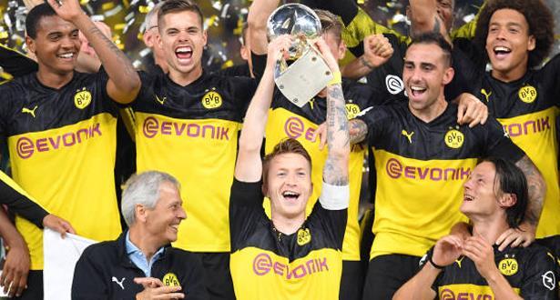 زملاء حكيمي يتوجون بلقب كأس السوبر الألماني