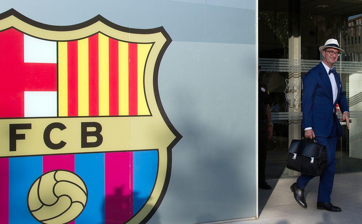 محامي نيمار مجددا في برشلونة