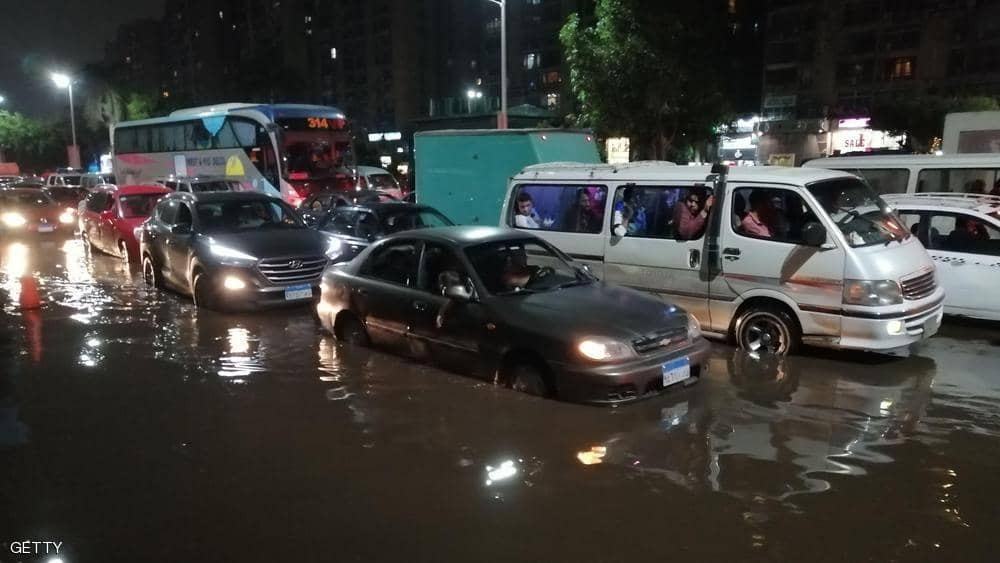 مصر: 19 قتيلا وتوقف الدراسة بسبب الطقس