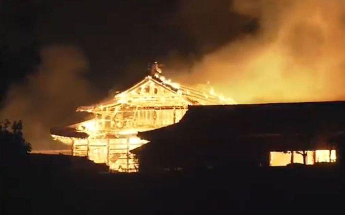 """حريق يلتهم قلعة """"شوري"""" التاريخية جنوب اليابان"""
