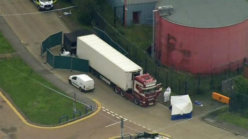 التعرف على هوية الجثث الـ39 التي عثر عليها بشاحنة في بريطانيا