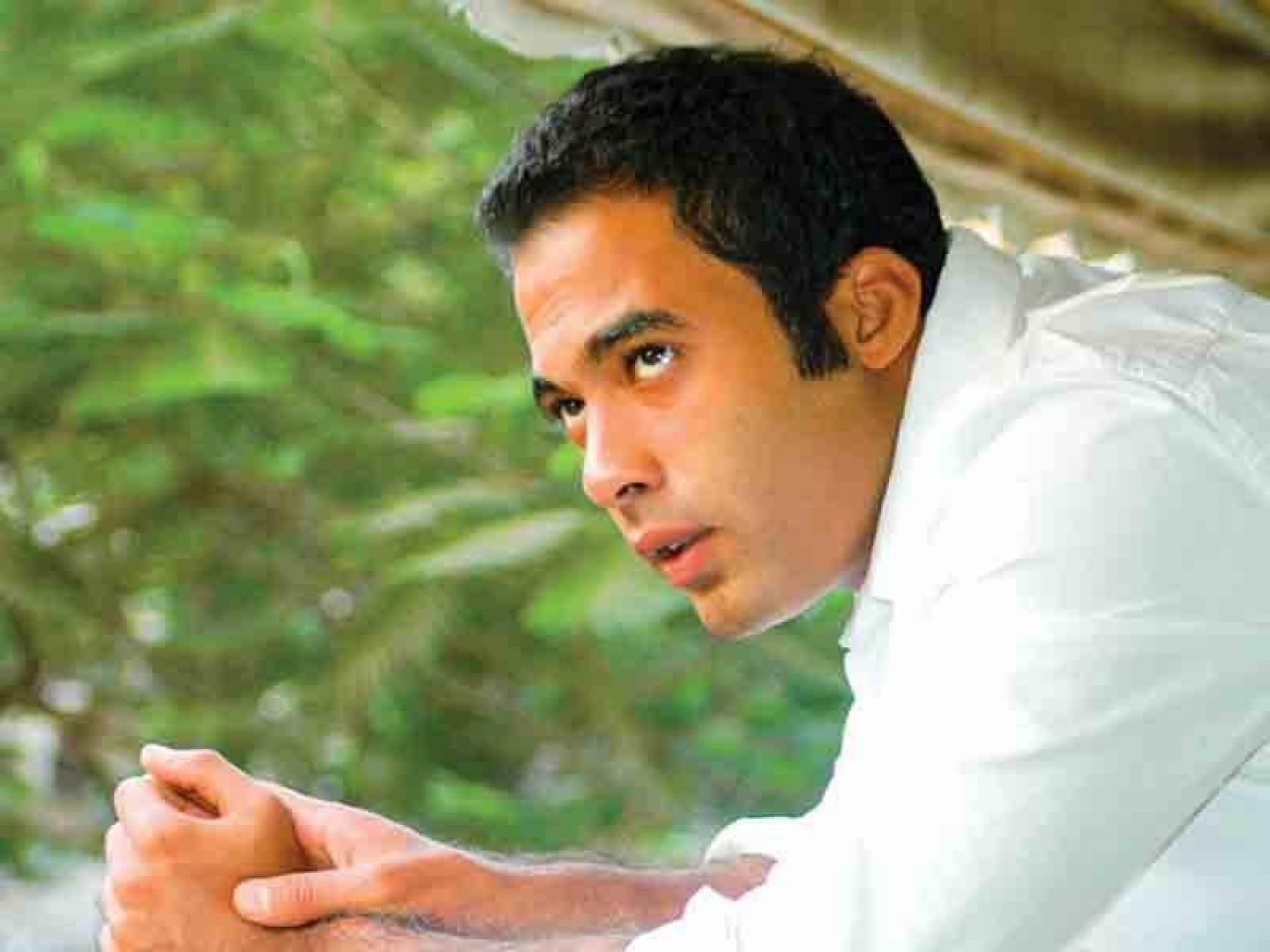 تقارير... مكملات غذائية يرجح أن تكون السبب في وفاة هيثم أحمد زكي