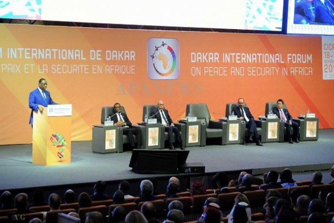 """السلام والأمن في إفريقيا والتحديات الراهنة للتعددية تتصدر """"منتدى داكار"""""""