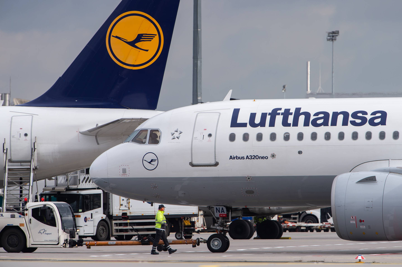 لوفتهانزا تعلن إلغاء 1300 رحلة الخميس والجمعة بسبب إضراب