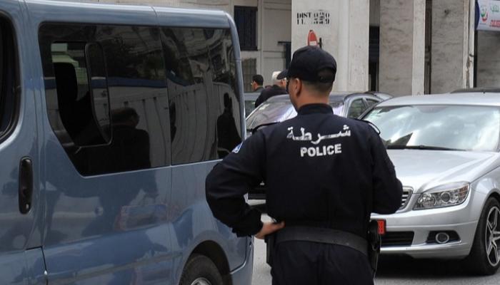 شرطي جزائري يقتل أربعة من أفراد أسرته بوسط البلاد