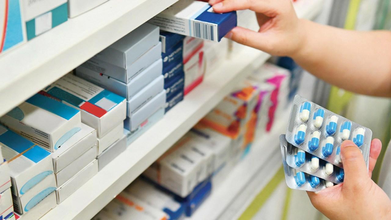 وزارة الصحـة: المخزون الاحتياطي للأدويـة المعتمدة في علاج كوفيد 19 كاف ولشهور